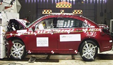 NCAP 2013 Chrysler 200 front crash test photo