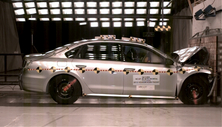 NCAP 2013 Volkswagen Passat front crash test photo