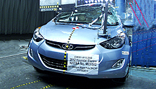 NCAP 2013 Hyundai Elantra side pole crash test photo