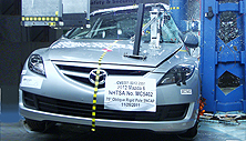 NCAP 2013 Mazda MAZDA6 side pole crash test photo