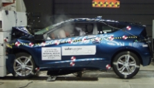 NCAP 2013 Honda CR-Z front crash test photo