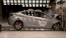 NCAP 2013 Hyundai Elantra front crash test photo