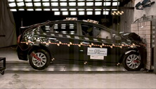 NCAP 2013 Toyota Prius front crash test photo