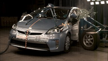 NCAP 2013 Toyota Prius side crash test photo