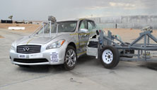 NCAP 2013 Infiniti M37 side crash test photo