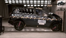 2013 Toyota Rav4 SUV FWD Early Release after frontal crash test