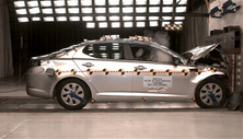 NCAP 2014 Kia Optima front crash test photo