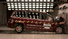 NCAP 2014 Chrysler Town & Country front crash test photo
