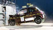 NCAP 2014 Fiat 500 front crash test photo