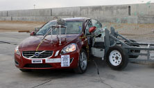 NCAP 2014 Volvo S60 side crash test photo
