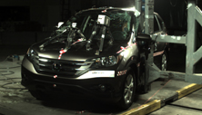 NCAP 2014 Honda CR-V side pole crash test photo