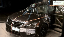 NCAP 2014 Nissan Altima side pole crash test photo