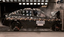 NCAP 2014 Nissan Altima front crash test photo