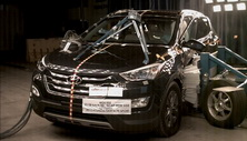 NCAP 2014 Hyundai Santa Fe side crash test photo