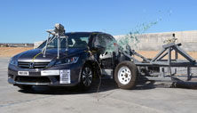 NCAP 2014 Honda Accord side crash test photo