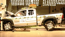 NCAP 2014 Toyota Tacoma front crash test photo