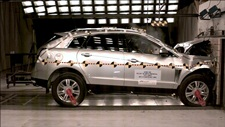 NCAP 2014 Cadillac SRX front crash test photo
