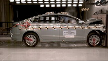 NCAP 2014 Ford Fusion front crash test photo