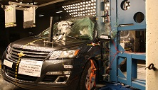 NCAP 2014 Chevrolet Traverse side pole crash test photo