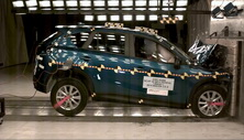 NCAP 2014 Mazda CX-5 front crash test photo