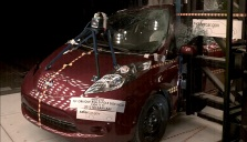 NCAP 2014 Nissan Leaf side pole crash test photo