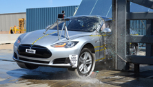 NCAP 2014 Tesla Model S side pole crash test photo