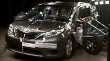 NCAP 2014 Toyota Sienna side crash test photo