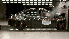 NCAP 2014 Toyota Corolla front crash test photo