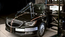 NCAP 2014 Buick LaCrosse side pole crash test photo