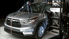 2014 Toyota Highlander SUV FWD after side pole crash test