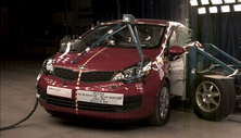 NCAP 2015 Kia Rio side crash test photo