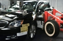 NCAP 2015 Buick Verano side crash test photo