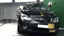 NCAP 2015 Buick Verano side pole crash test photo