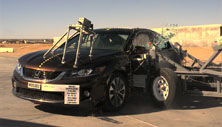 NCAP 2015 Honda Accord side crash test photo