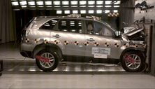 NCAP 2015 Kia Sorento front crash test photo