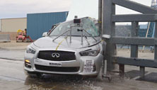 NCAP 2015 Infiniti Q50 side pole crash test photo