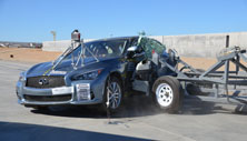 NCAP 2015 Infiniti Q50 side crash test photo
