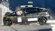 NCAP 2015 Toyota Prius front crash test photo