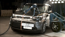 NCAP 2015 Kia Soul side crash test photo