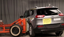 NCAP 2015 Jeep Cherokee side crash test photo