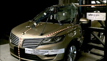 NCAP 2015 Lincoln MKC side pole crash test photo