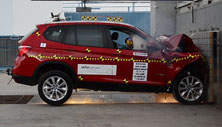 NCAP 2015 BMW X3 front crash test photo