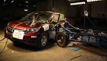 NCAP 2015 Honda CR-V side crash test photo