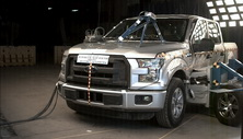 2015 Ford F-150 SuperCrew Side Crash Test
