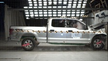 NCAP 2015 Ford F-150 front crash test photo