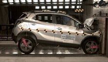 NCAP 2016 Buick Encore front crash test photo