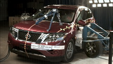 NCAP 2016 Nissan Pathfinder side crash test photo