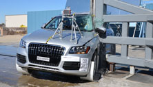 NCAP 2016 Audi Q5 side pole crash test photo