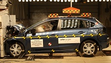 NCAP 2016 Subaru Impreza front crash test photo