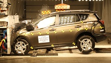 NCAP 2016 Toyota RAV4 front crash test photo